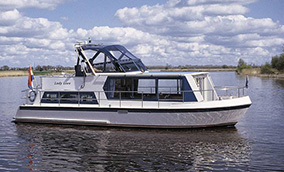 Safari Houseboat 1050